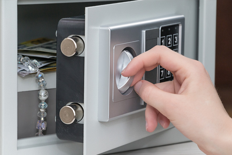 Safe or Lockbox – What's the difference?